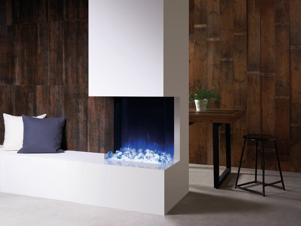 Frameloze openhaard met blauw vuur