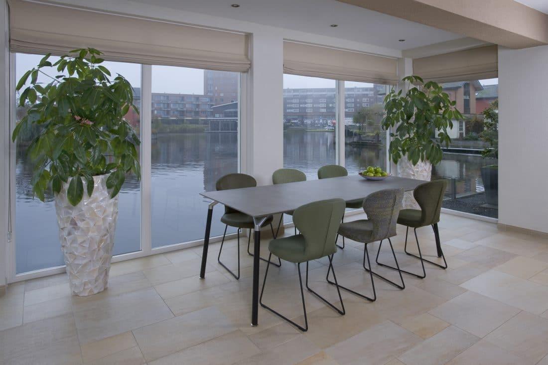 design-eettafel-woonkamer-modern-eetkamertafel