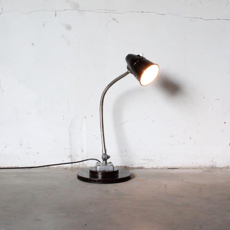1519649206 Bureau Lamp2