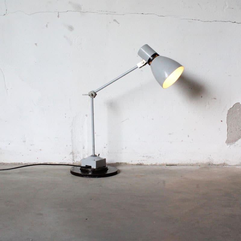 1519722668 Bureau Lamp6