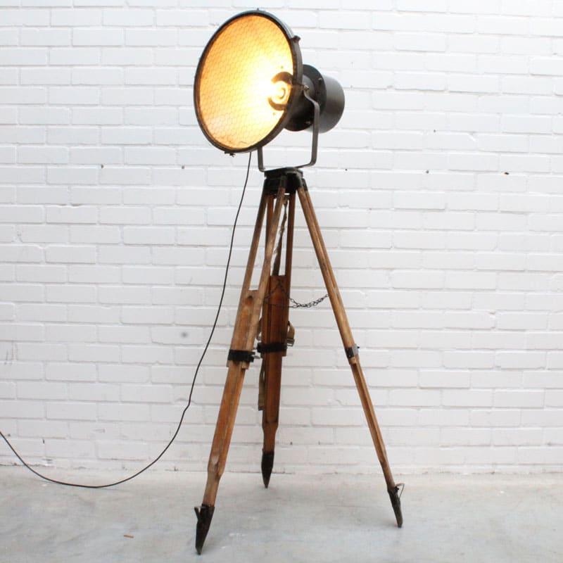 1527665063 2 Staande Lamp 01