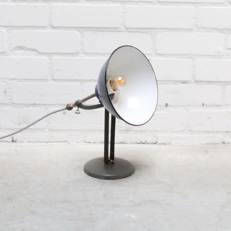1527670286 3 Bureau Lamp 01