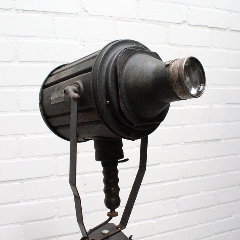 1536748271 17 Staande Lamp 02