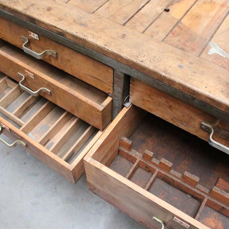 1536754574 18 Metalen Houten Werkbank 03