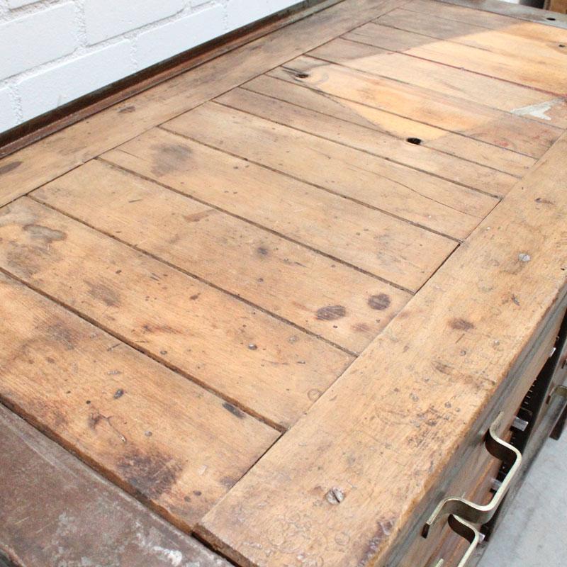 1536754574 18 Metalen Houten Werkbank 04