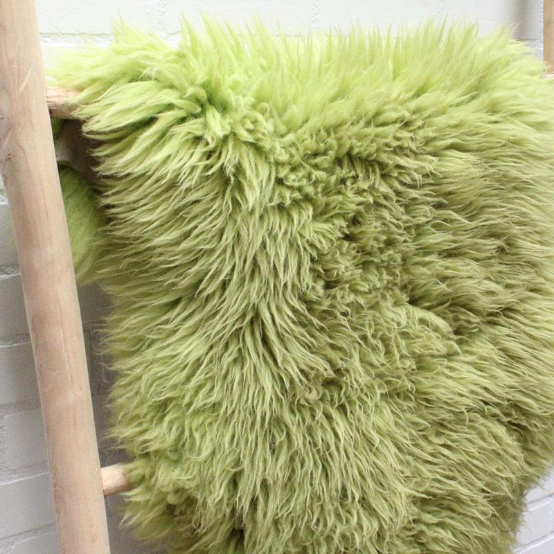 1538214313 001 Schapenvacht Groen 01