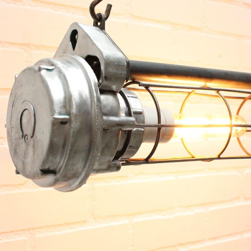 1538647541 26 Tube Lamp 02