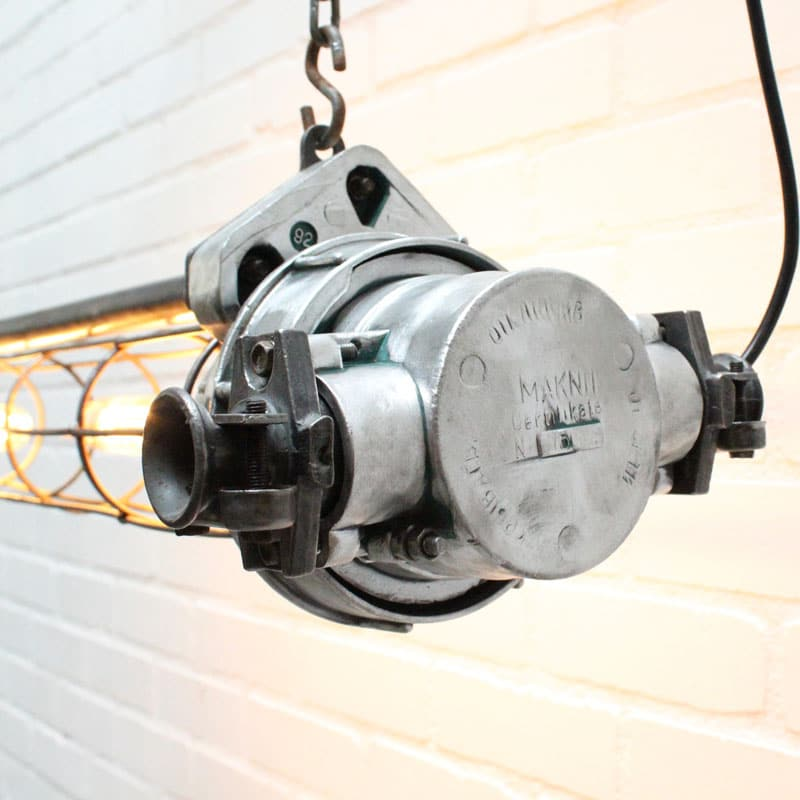 1538647542 26 Tube Lamp 01