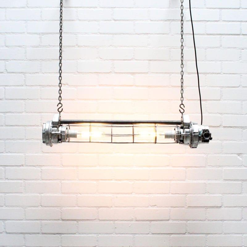 1538647542 26 Tube Lamp 04