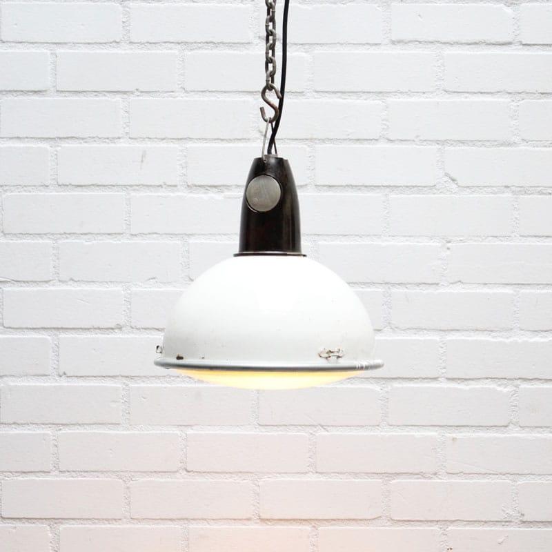 1538657831 02 Hanglamp Wit 03