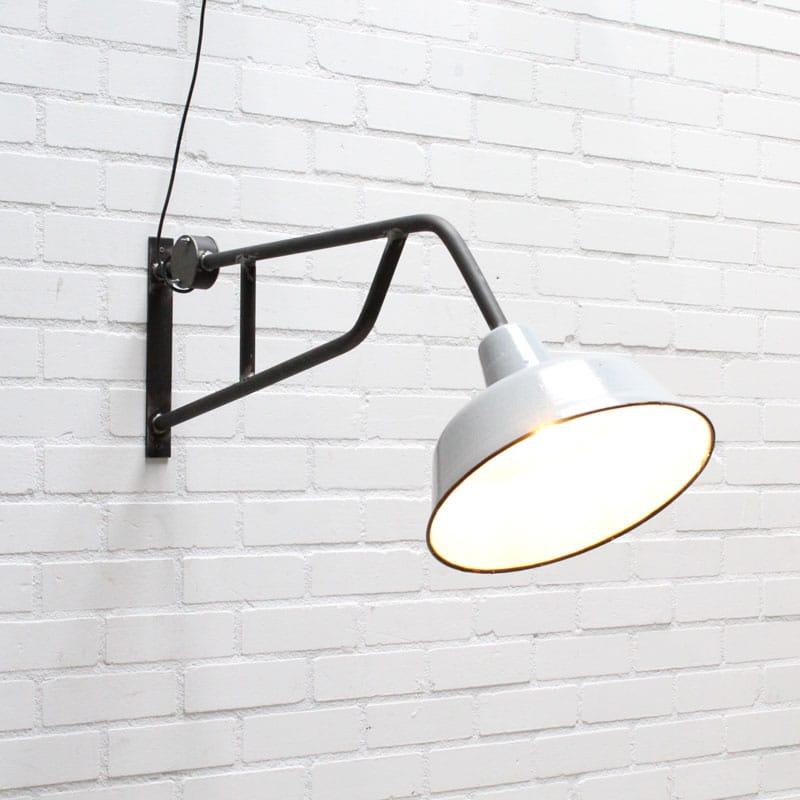 1538811597 22 Lange Wandlamp 04