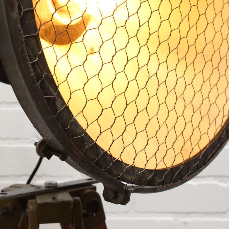 1541256454 27 Vloerlamp 02