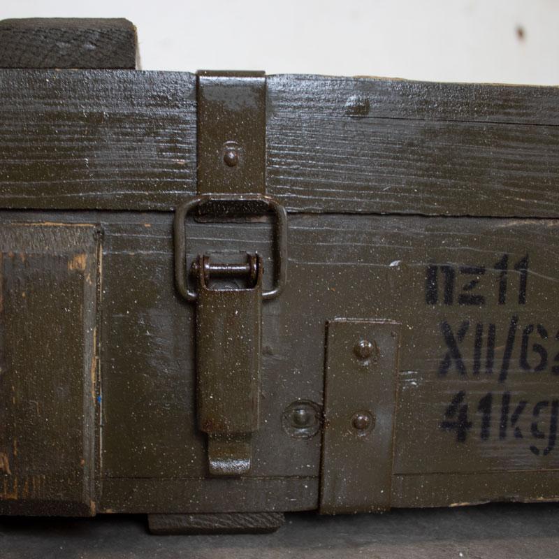 1588160330 09 Houten Munitie Kist 09