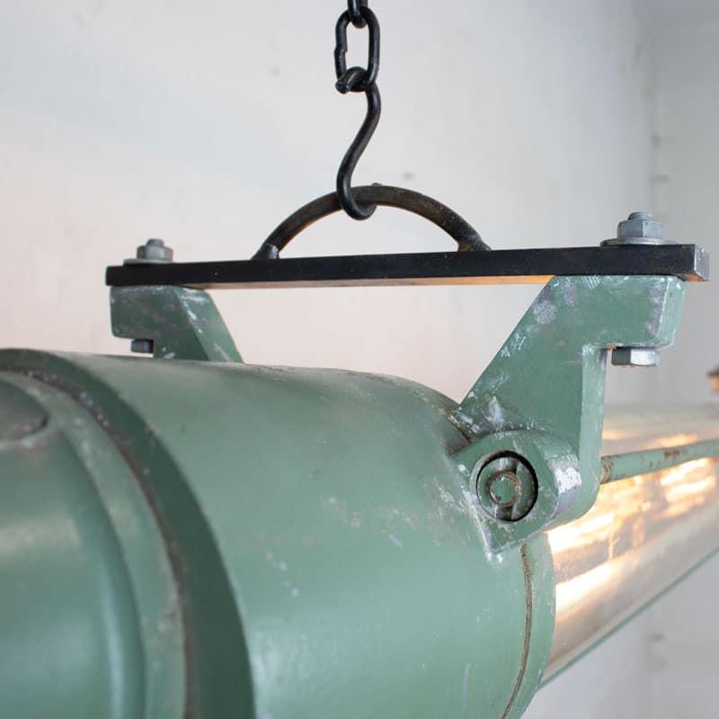 1591171888 01 Tube Lamp 04