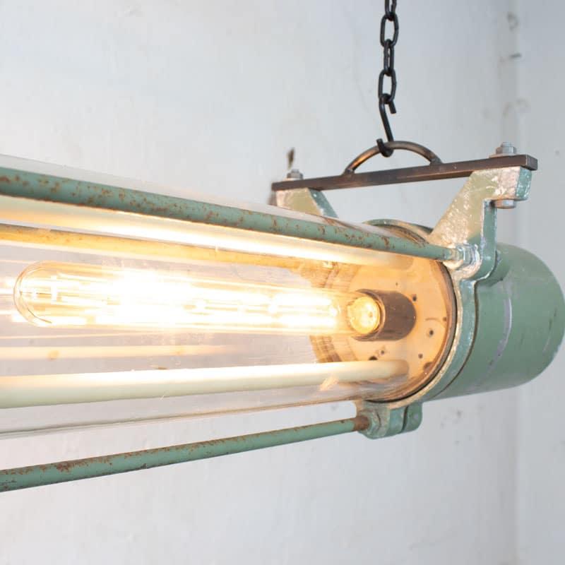 1591171888 01 Tube Lamp 05