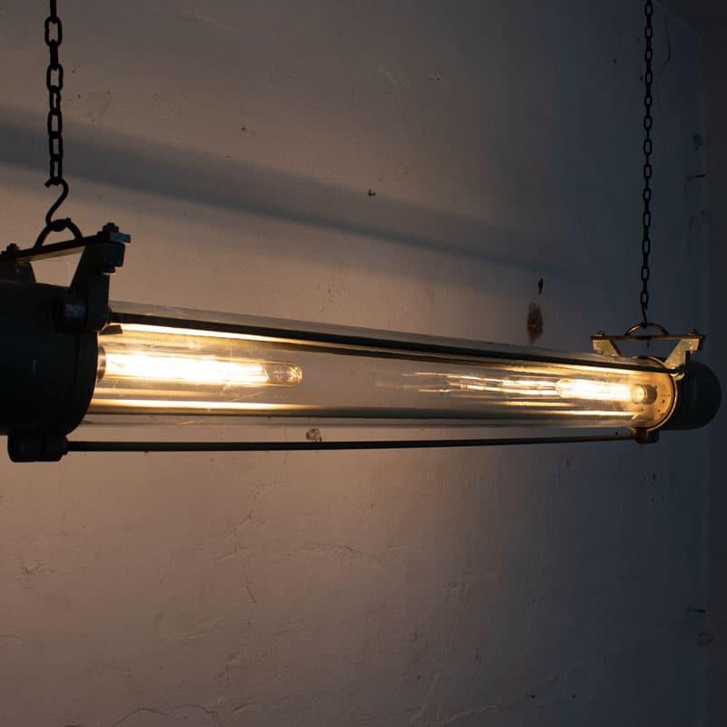 1591171888 01 Tube Lamp 08