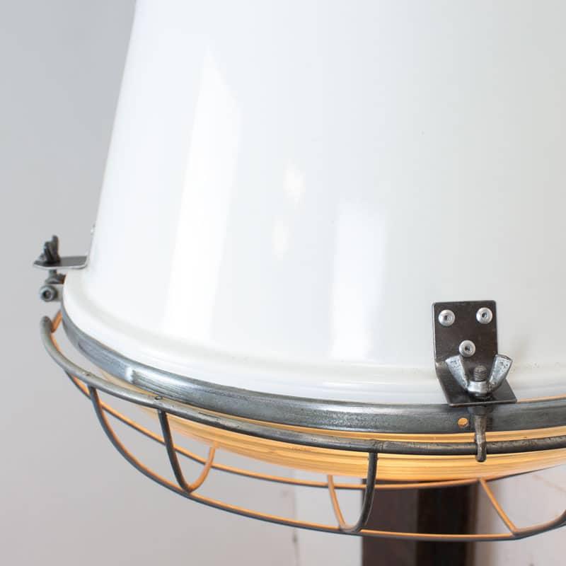1591192743 04 Witte Fabriekslamp 03
