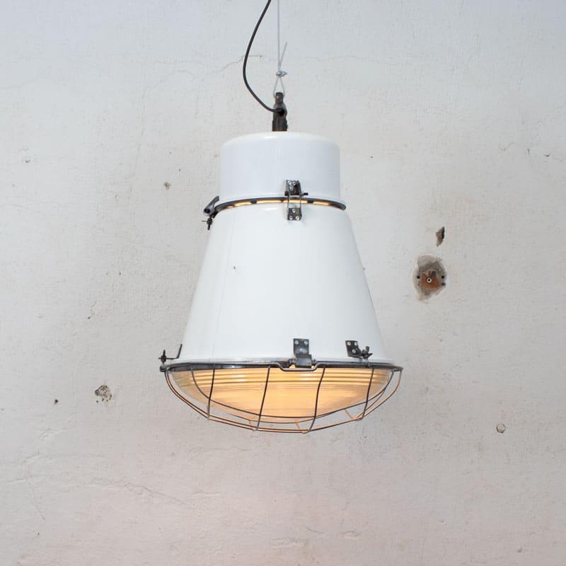 1591259370 01 Witte Fabriekslamp 03