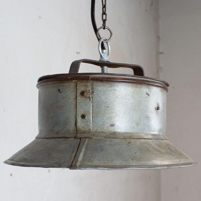 1591690780 02 Melkbus Lamp 03