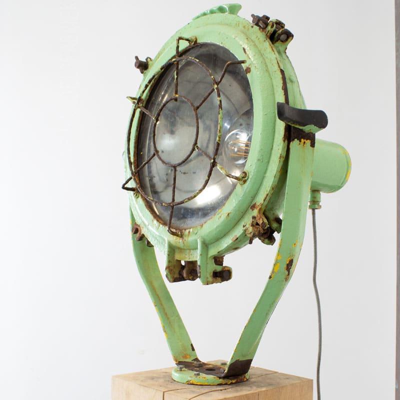 1596011530 111 Scheepslamp Op Hout 04