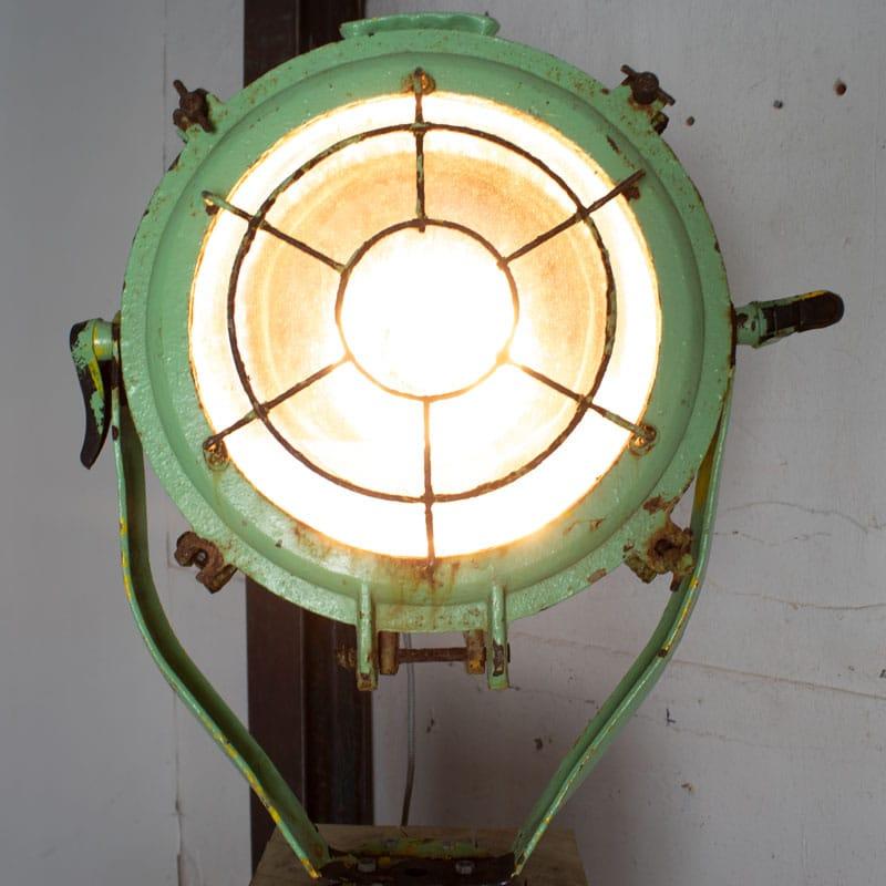 1596011530 111 Scheepslamp Op Hout 09