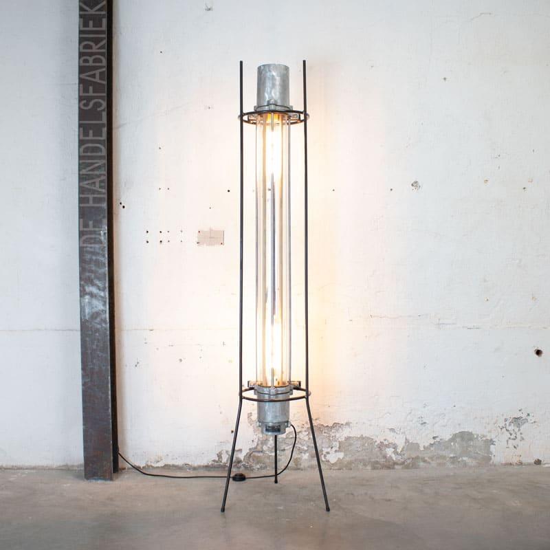 1596019137 117 Staande Tube Lamp 03