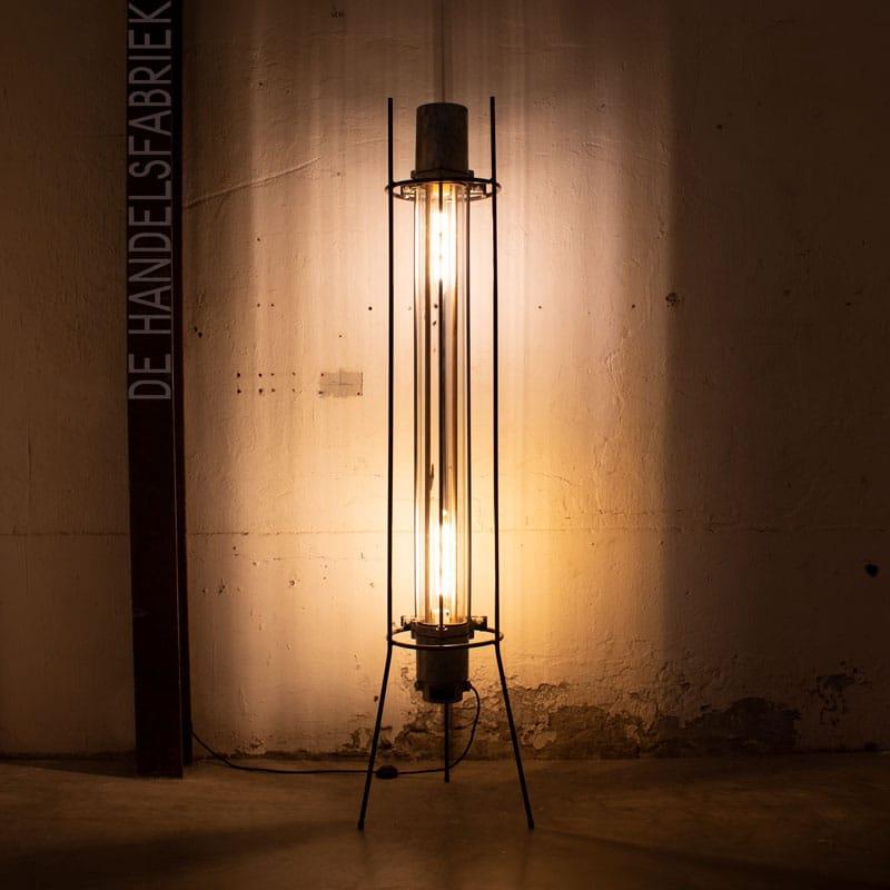 1596019137 117 Staande Tube Lamp 04