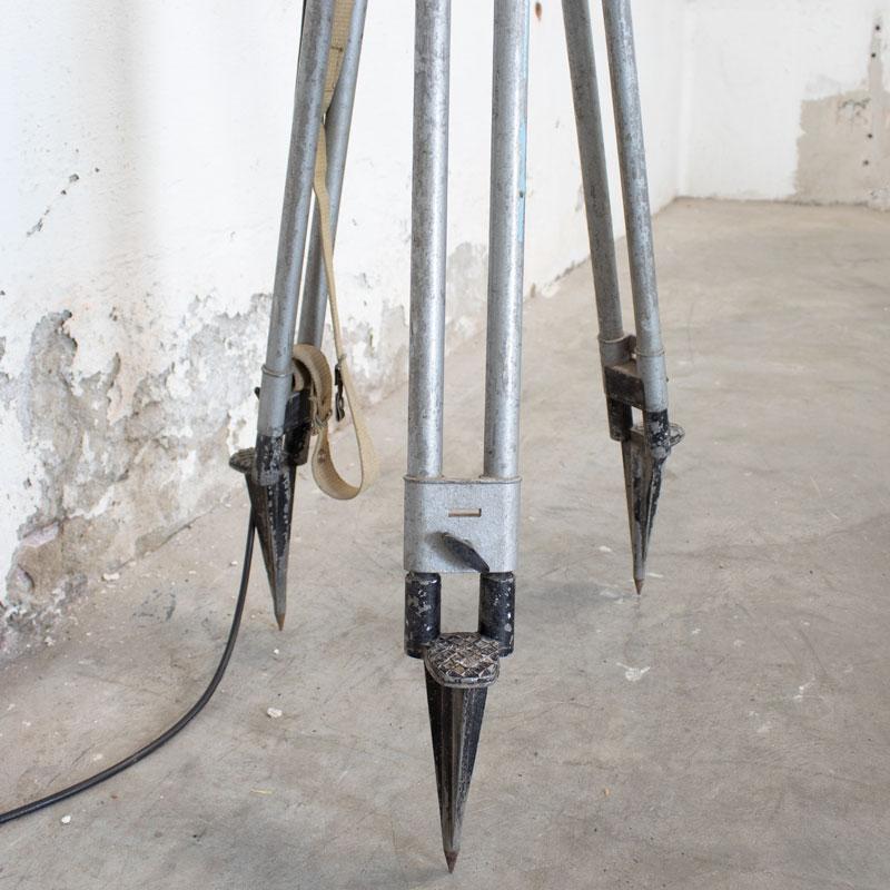 1596022234 122 Legerlamp Op Metalen Statief 08