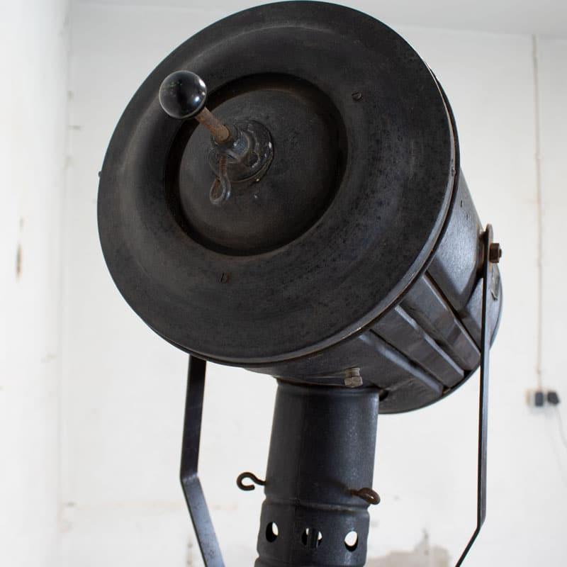 1596101754 119 Tripod Lamp 06