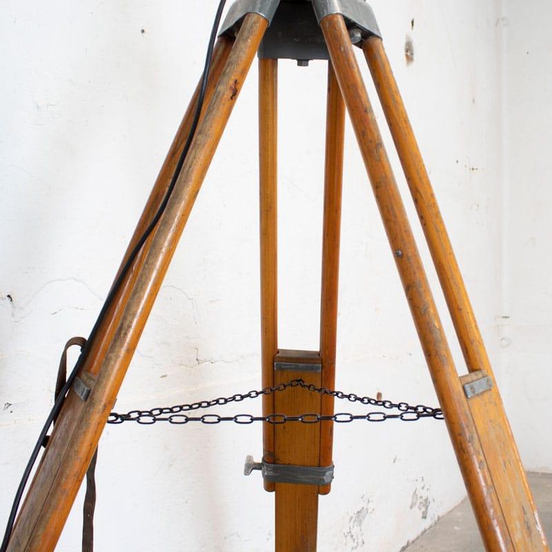 1596101755 119 Tripod Lamp 08