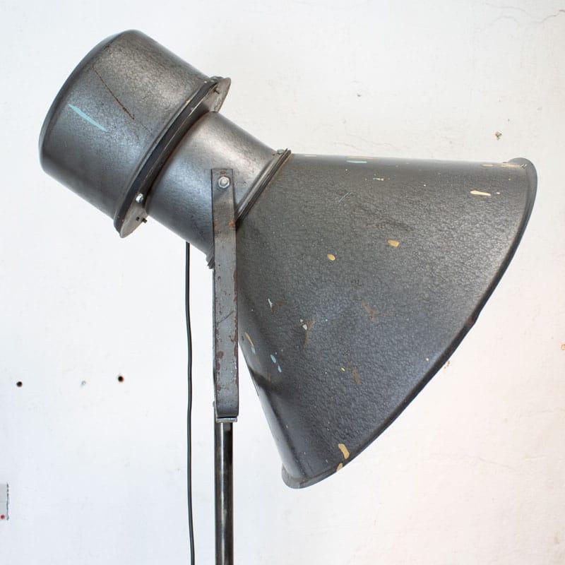 1596107554 118 Metalen Vloerlamp 04