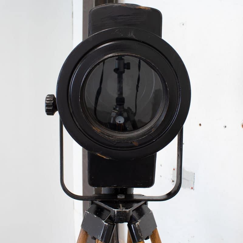 1596109170 125 Tripod Met Spotlamp 06