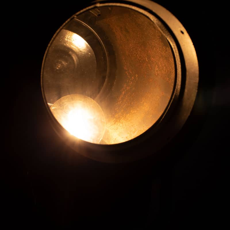1596109170 125 Tripod Met Spotlamp 08