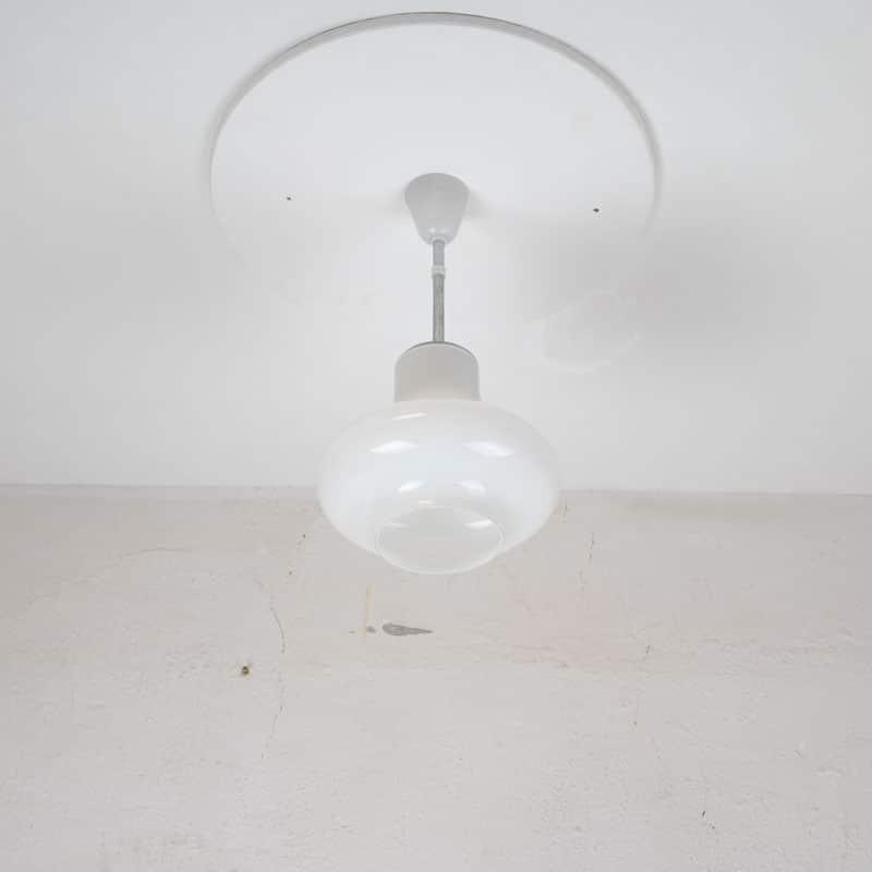 1603982255 206 Retro Lamp 02