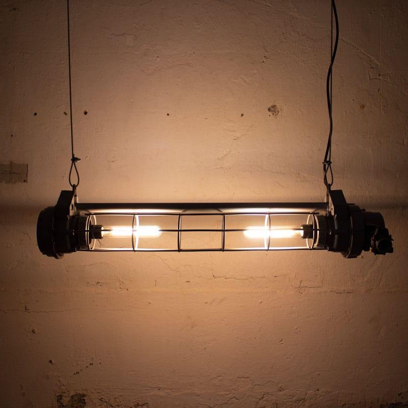 Industrile Tube Lamp Cccp Grijs