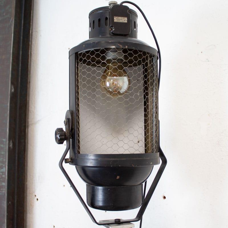 Vloerlamp Met Industrile Lamp
