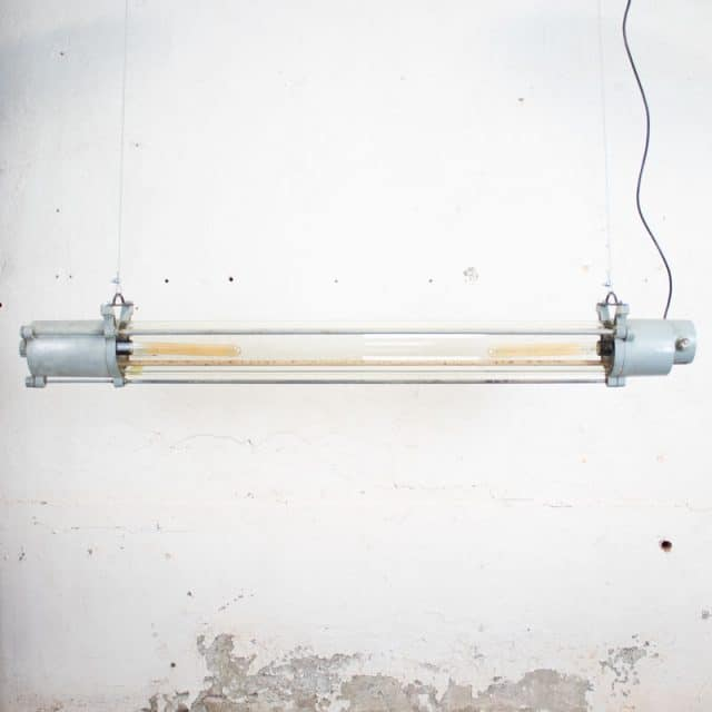 295 Grijze Tube 02