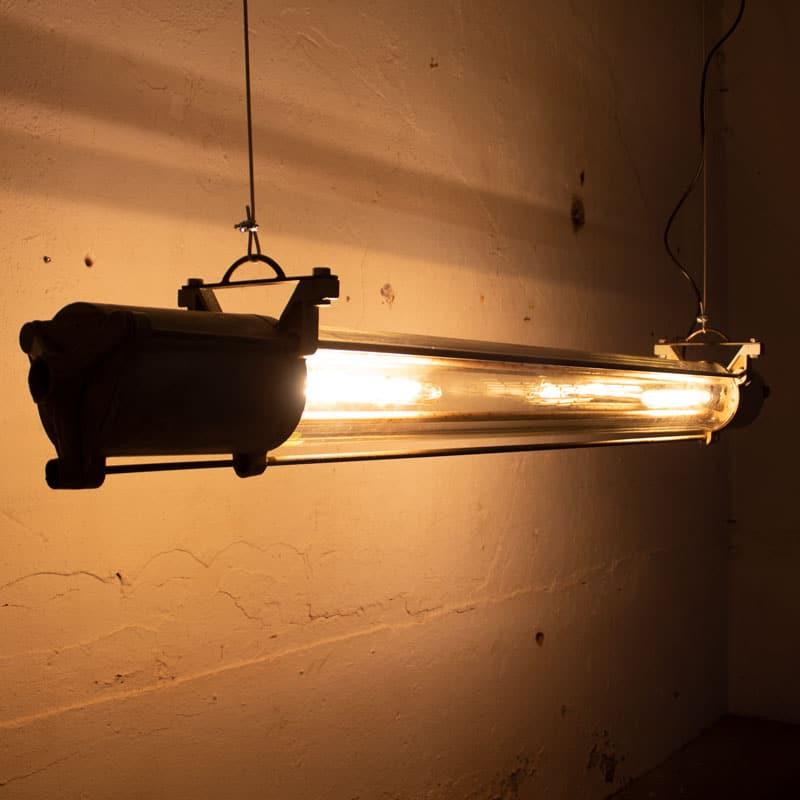 Industrile Tube Lamp Ddr Grijs