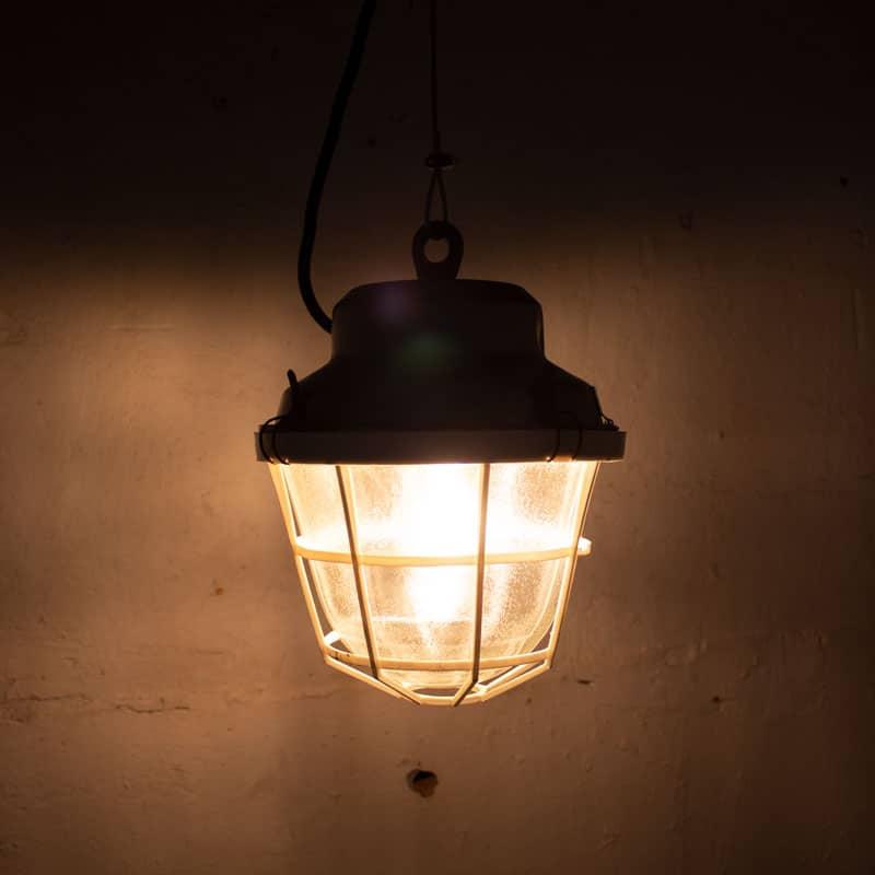 Witte Kooilamp Geborstelde