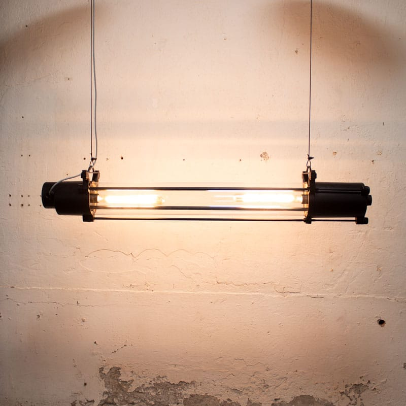 Industrile Tube Lamp Zwart Overgespoten