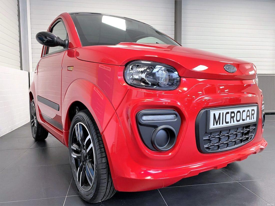Microcar Due Plus Design Pack Dci 2021 Brommobiel Nieuw Rood Metallic