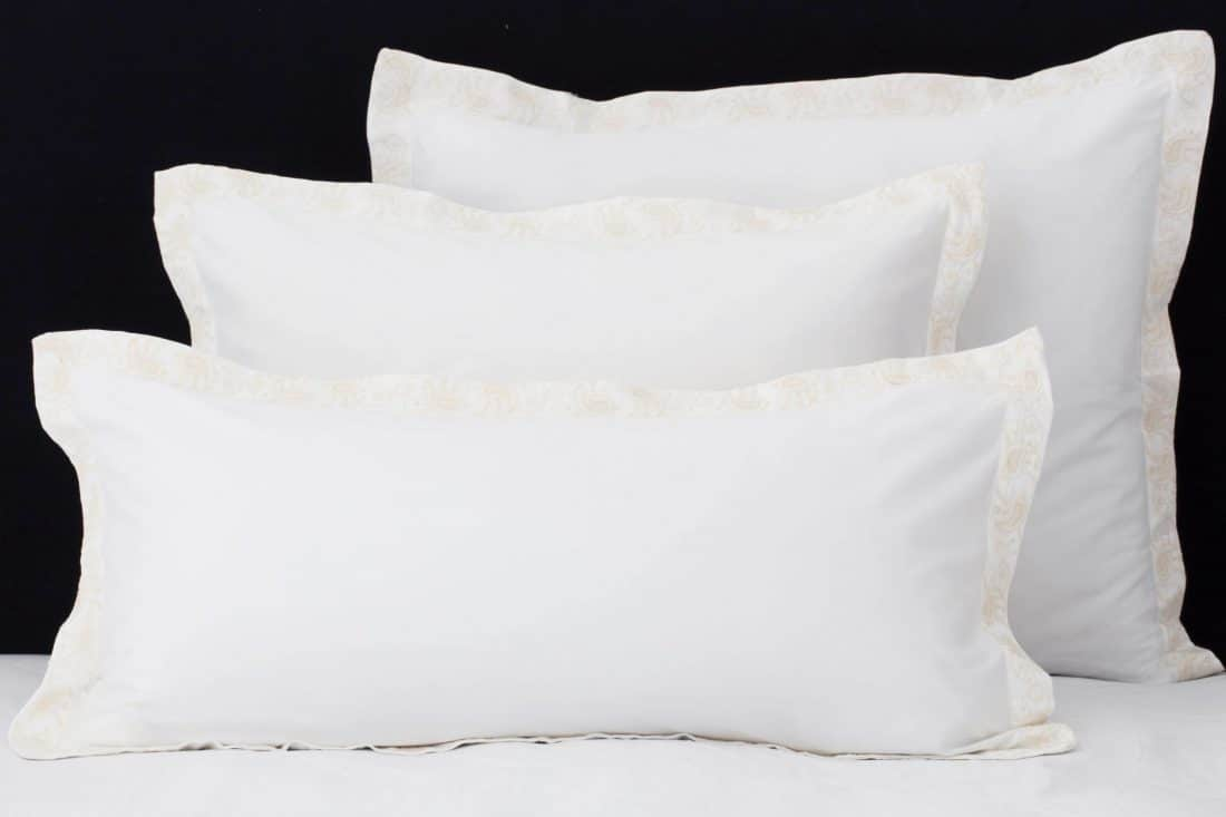 """Set Pillow Covers """"Mix and Match Paisly Ivory"""""""