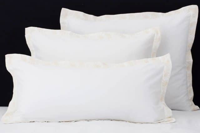 "Set Pillow Covers ""Mix and Match Paisly Ivory"""
