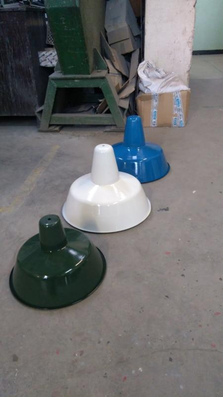Industrieller Esstisch Hängelampenschirm