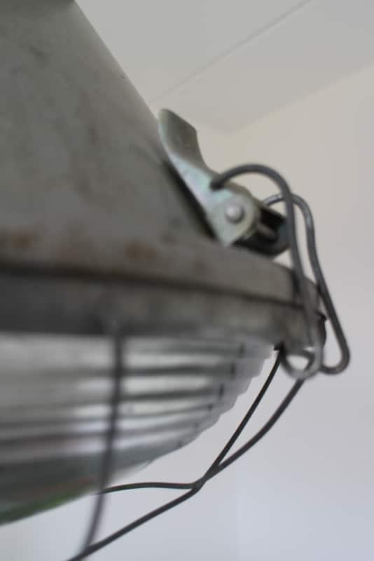 Industriële barrel lamp