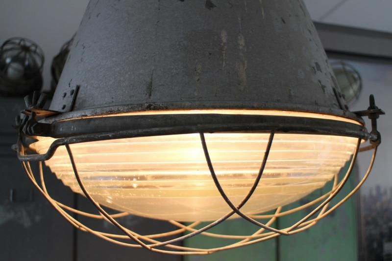 Industrial barrel lamp