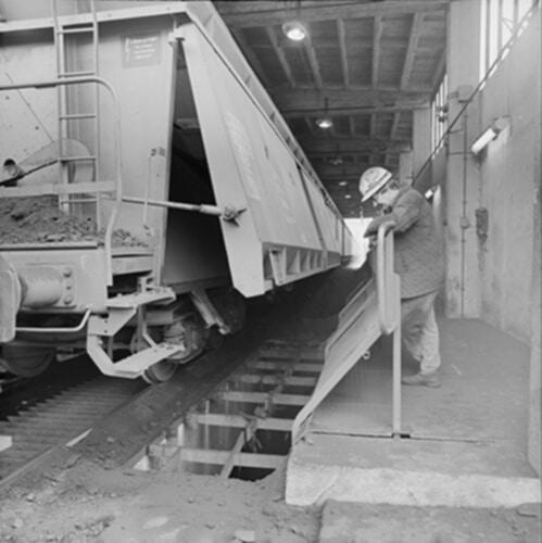 Herstel treinspoor op het industriegebied