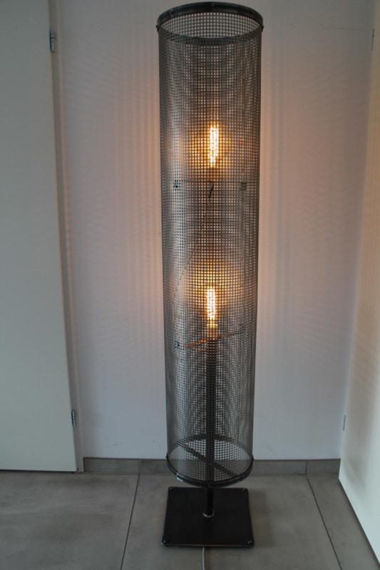 Industriële vloerlamp Golina met standaard
