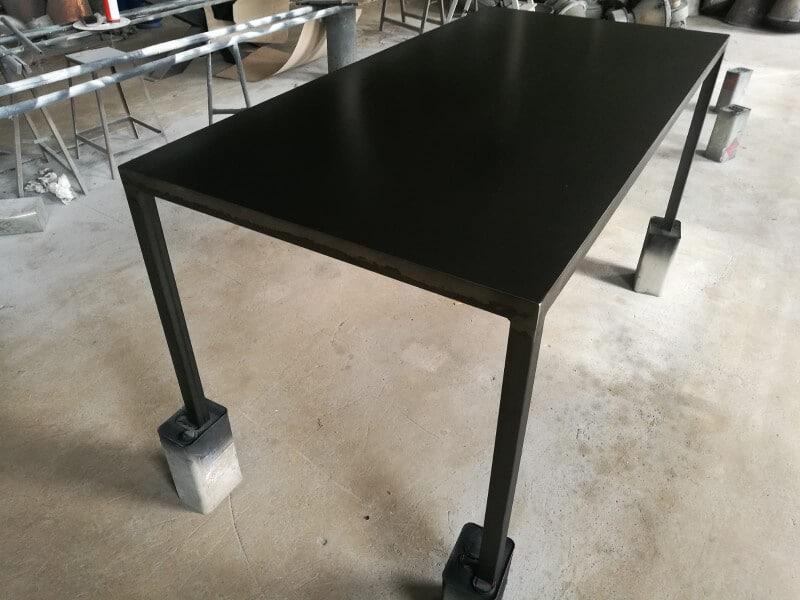 Industrietisch schwarz