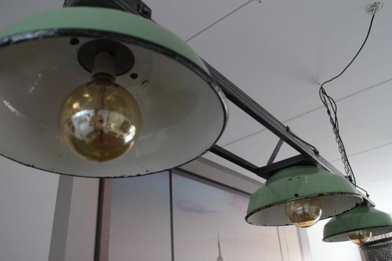 Industriële hanglamp groen
